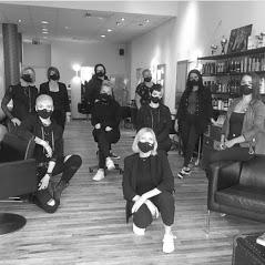 Team Corona mit Masken zur Corona Prävention